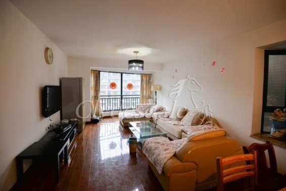 Legend city cozy 3 br apartment